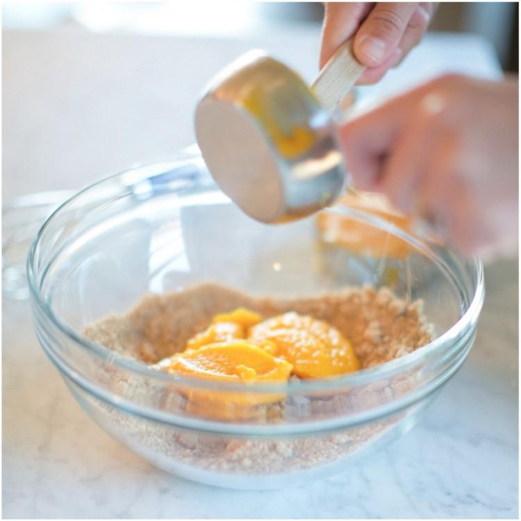sinclair & moore pumpkin pie tutorial  17
