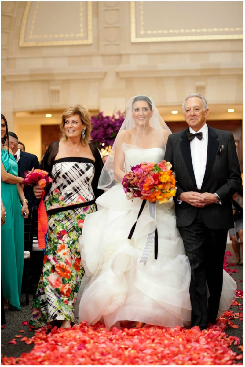 The rainbow wedding sinclair moore sinclair moore hanna and bret rainbow wedding junglespirit Gallery