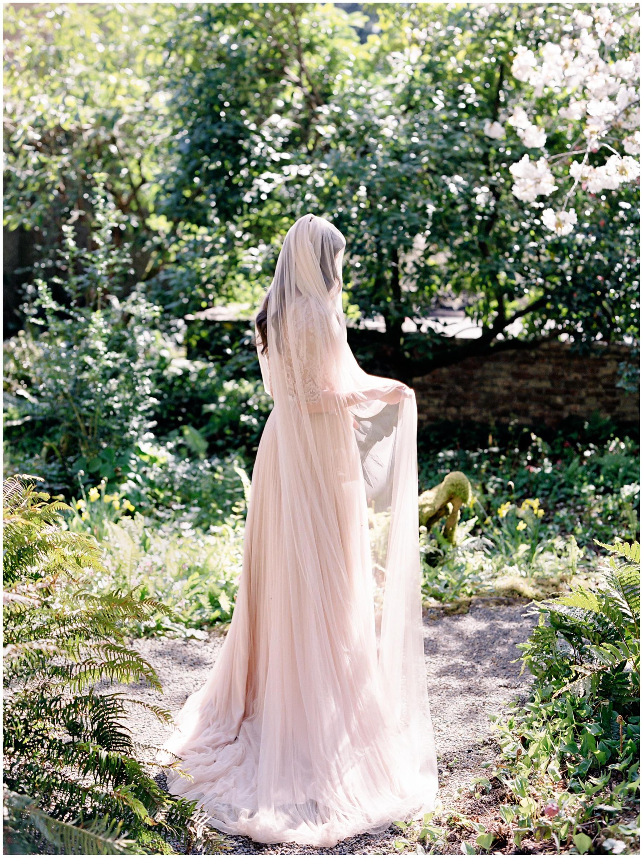 sinclair-and-moore-secret-garden-2